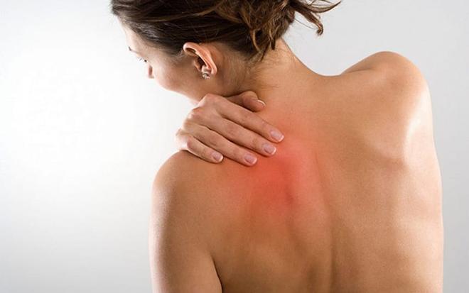 дерматомиозит, сильные мышечные боли, кишечные кровотечения, выраженный лейкоцитоз, сыпь, дерматомиозит лечение, диагностика, симптомы, проявления, болят мышцы